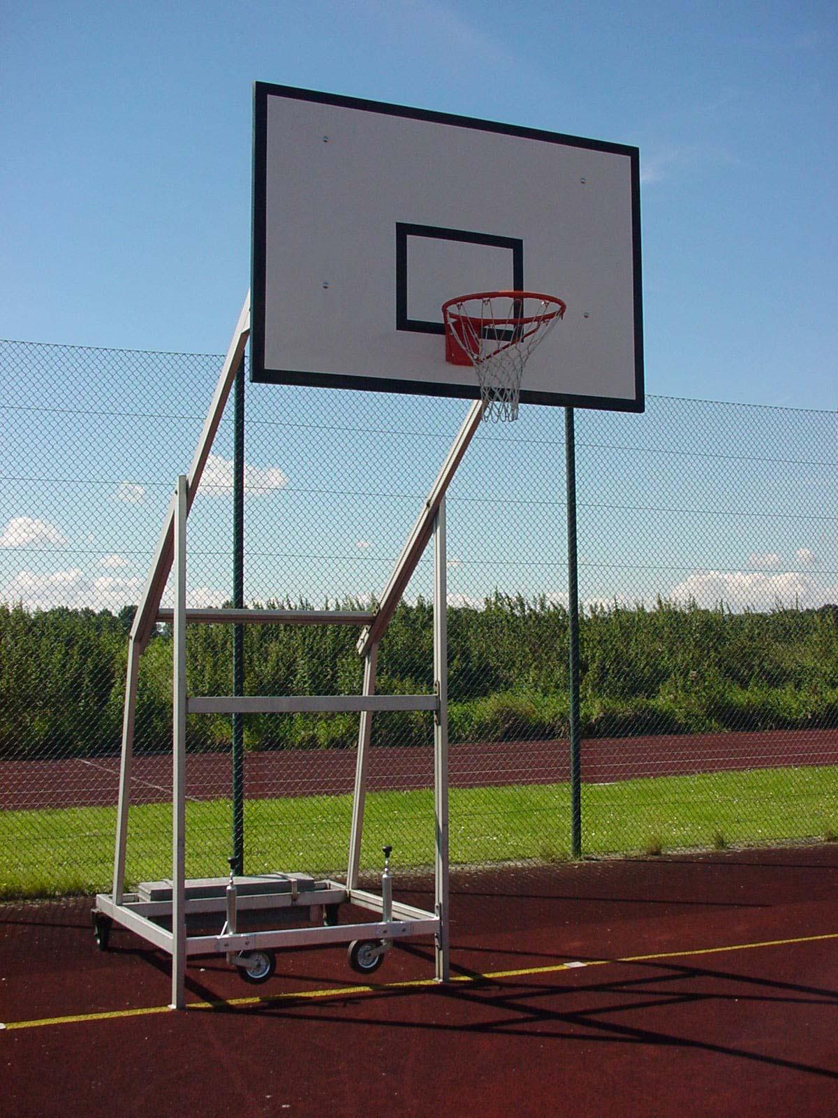 Basketballanlage fahrbar